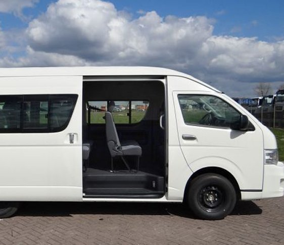 Van hire in delhi NCR, Minivan on rent in new Delhi, Delhi minivan rental