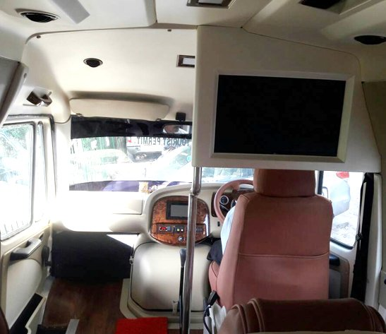 Luxury 12 Seater Coach Hire, Tempo Traveller on Rent, Tempo Traveller on Rent in Delhi, Luxury Tempo Traveller on Rent, 15 seater tempo traveller booking