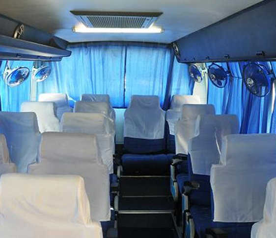 Van rental in delhi NCR, Van hire in new delhi, Minivan rental in delhi