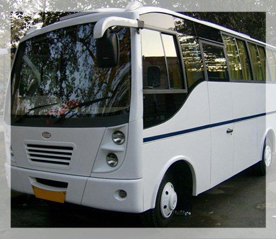 Van hire in delhi NCR, Minivan hire delhi, van on rent in new delhi
