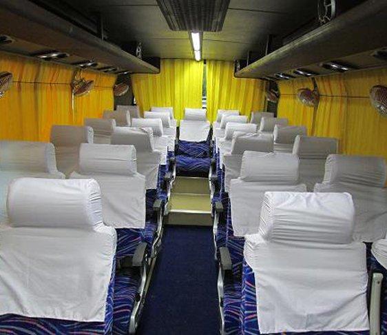 Minivan for hire in delhi, van hire in Delhi NCR, Minivan rental in new delhi