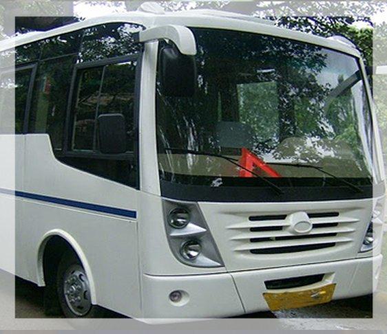 Minivan rental in delhi NCR, Minivan hire in New delhi, Minivan for hire in delhi