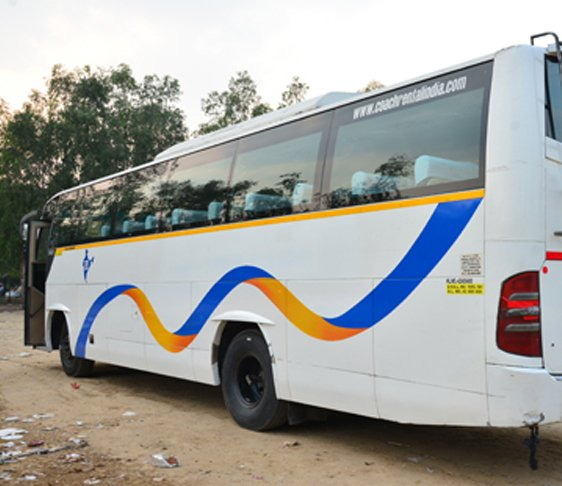 27 seater bus hire in Delhi, Hire a bus in Delhi NCR, Coach bus in New Delhi