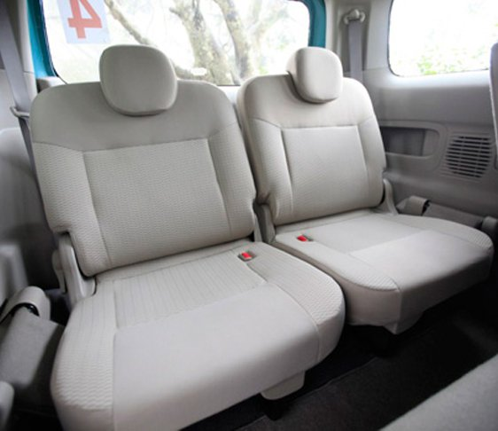 6 seater van on rent in west delhi, van rental service in new delhi, hire a van in delhi ncr