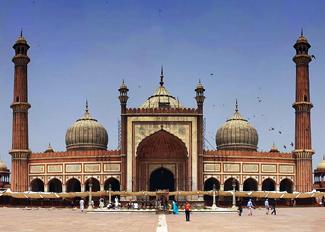 jama masjid in delhi, jama masjid mosque, tourist places in delhi
