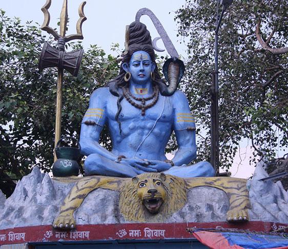 famous temples In delhi, historical places in delhi, visiting places in delhi