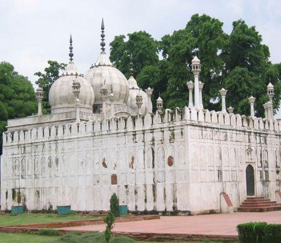 places to visit in delhi, sehgal tourist transport, temples in delhi