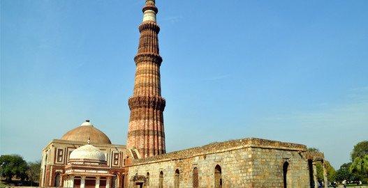qurab minar at delhi, delhi sightseeing, delhi tour