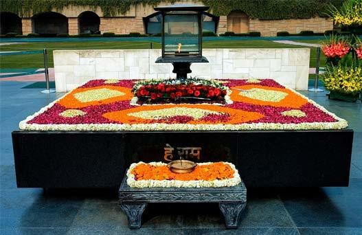 Tourist destinations in india, Famous tourist places in india, Delhi memorials