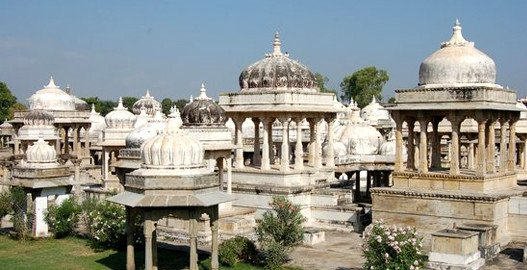 tourist places in udaipur, udaipur trip from delhi, places to visit in udaipur, delhi to udaipur