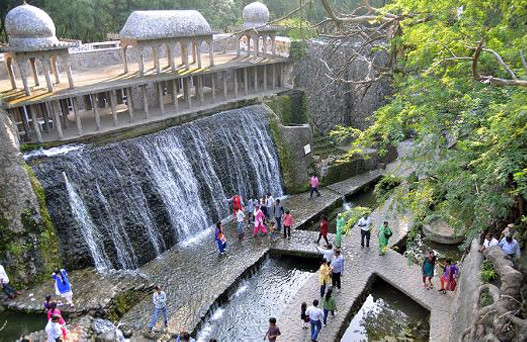 rock garden in chandigarh, Chandigarh tour, places to visit in Chandigarh, Chandigarh tour package, tourist places in Chandigarh