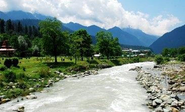 pahalgam sightseeing, aru valley hotels, srinagar to pahalgam distance , places to visit in pahalgam, betaab valley in pahalgam, delhi to pahalgam bus service