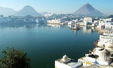 pushkar lake, pushkar temple , pushkar india hotels ,pushkar mela, Savitri Temple in Pushkar, Brahma Temple pushkar,delhi to pushkar bus, sehgal transport