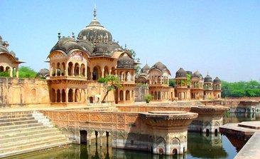 vrindavan temple,mathura vrindavan tour, vrindavan tourism,Banke Bihari Mandir, hotels near banke bihari temple, iskcon temple vrindavan, vrindavan temple list, delhi to vrindavan bus service volvo