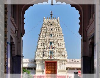 pushkar lake, pushkar temple , pushkar india hotels ,pushkar mela, Savitri Temple in Pushkar, Brahma Temple pushkar,delhi to pushkar bus,delhi to pushkar volvo bus