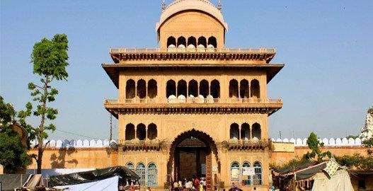 vrindavan temple,mathura vrindavan tour, vrindavan tourism, sehgal transport