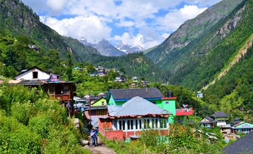 places to visit in kasol, where to stay in kasol, kasol trip from delhi, things to do in kasol, parvati river in kasol, bhuntar to kasol, kheerganga trek route, himachal volvo booking, kasol to delhi bus