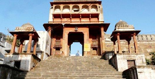 pushkar lake, pushkar temple , pushkar india hotels ,pushkar mela, Savitri Temple in Pushkar, Brahma Temple pushkar,delhi to pushkar bus,delhi to pushkar volvo bus, sehgal transport