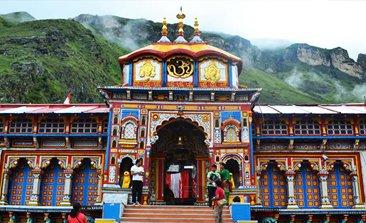badrinath yatra, kedarnath dham, do dham yatra package, haridwar to kedarnath, visit to kedarnath & badrinath, delhi to badrinath bus, badrinath darshan, Volvo bus booking, Tempo traveller rent in delhi