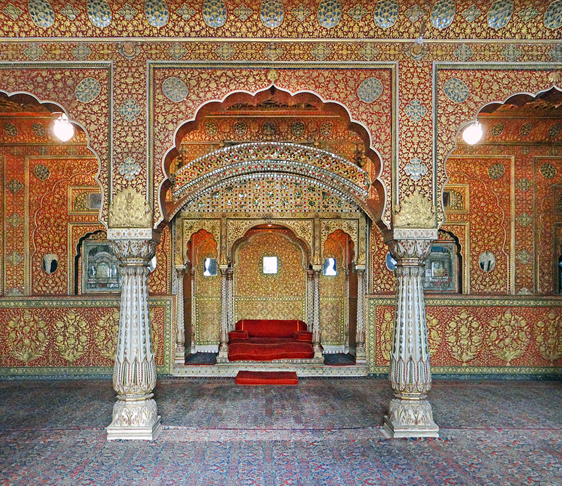Junagarh Fort Bikaner, delhi to bikaner bus service, volvo bus from delhi to bikaner , bikaner tourism , bikaner sightseeing, Tourist Attractions In Bikaner, lalgarh palace and museum bikaner