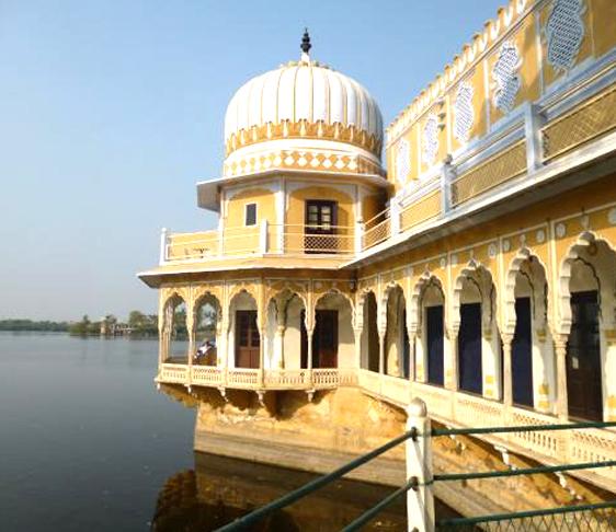ajmer tourist places, ajmer sightseeing , golden triangle india tour, ajmer ki dargah , anasagar lake ajmer, anasagar lake ajmer rajasthan india, volvo bus booking, delhi to ajmer bus