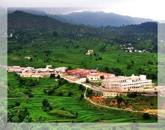pithoragarh tourism, pithoragarh places to visit, nag mandir, munsiyari tour package, pithoragarh fort, narayan ashram, delhi to pithoragarh bus, tempo traveller hire in delhi, tourist places in uttarakhand, Hire 27 seater Luxury Tata Coach